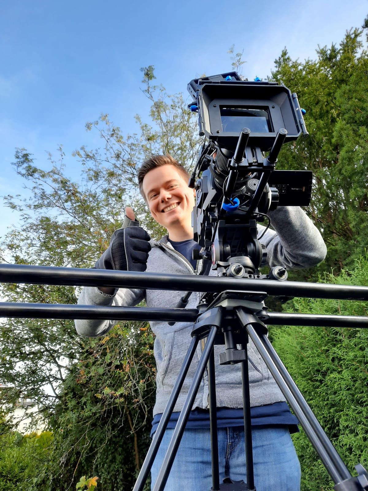 Sebastian Ingenfeld bei Dreharbeiten zu einem Werbespot
